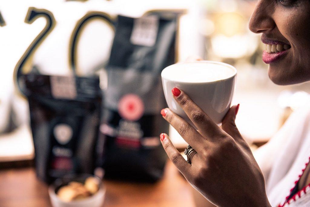 Beitragsbild : Äthiopische Kaffee Zeremonie in Supermärkten – Mitarbeiter gesucht in Berlin, Düsseldorf und Köln